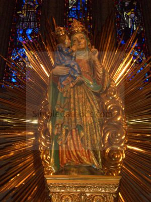 Statue of St Anne - Simple Catholic